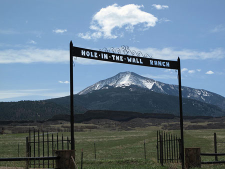 Hole in the Wall Ranch Entrance